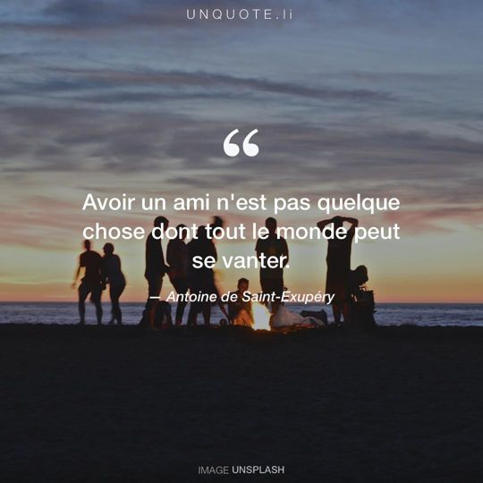 Image d'Unsplash remixée avec citation de Antoine de Saint-Exupéry.
